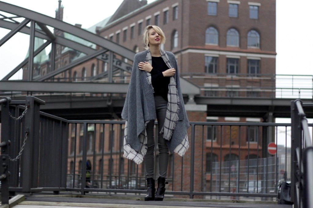 Double the trouble – Cape on scarf