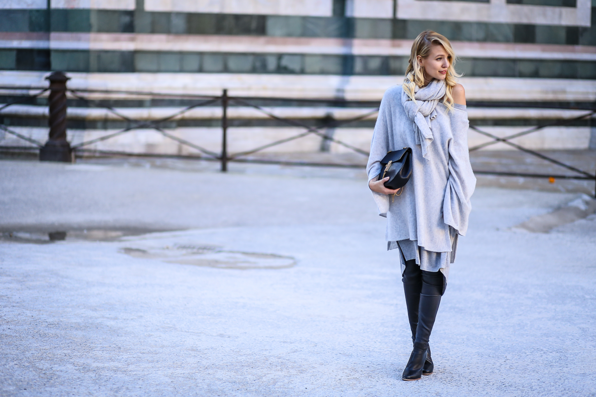 Grey layers & boots | Firenze