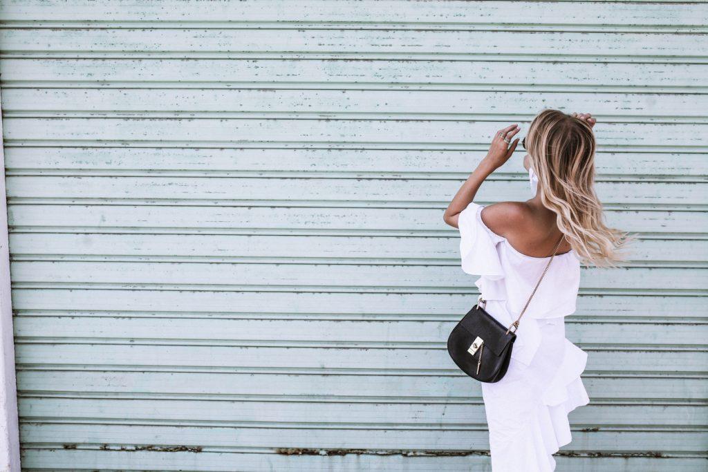 Ibiza_All_white_MiuMiu_ballerinas_Chloe_Drew_ohhcouture – 11