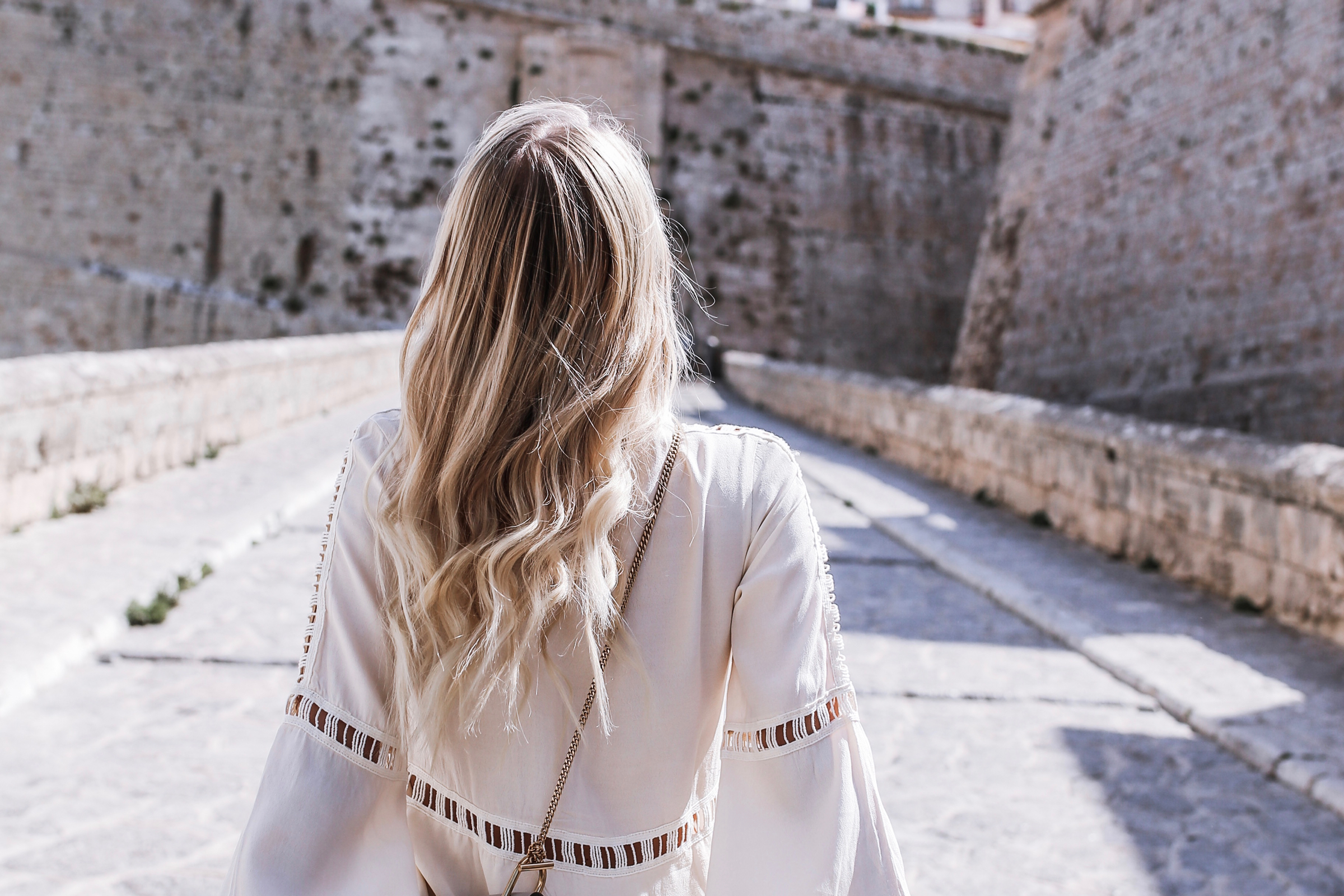 Pastel colored Chloé & Honey hair | Ibiza