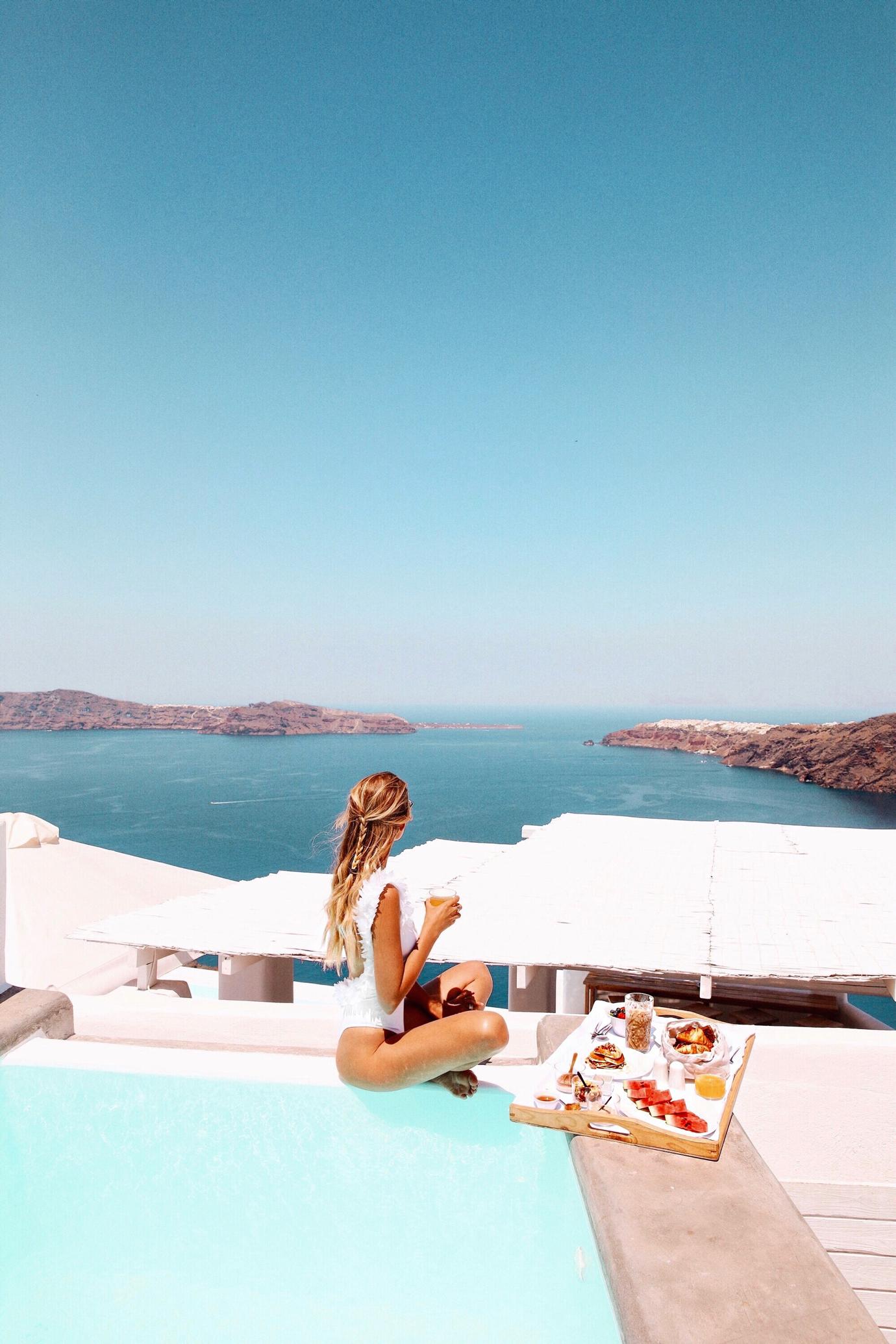 ohhcouture_leoniehanne_Santorini_Greece – 10