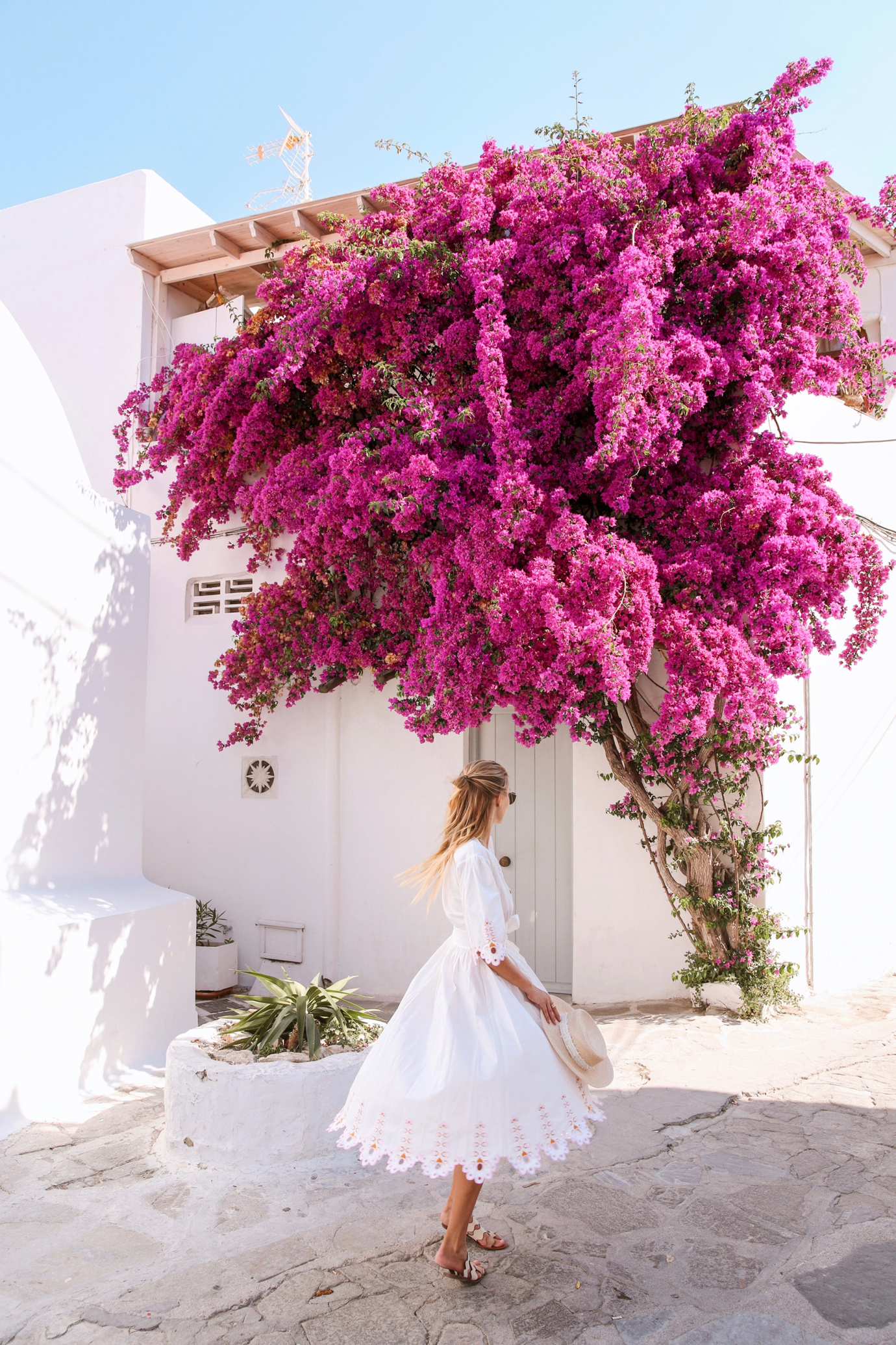 ohhcouture_leoniehanne_Santorini_Greece – 2