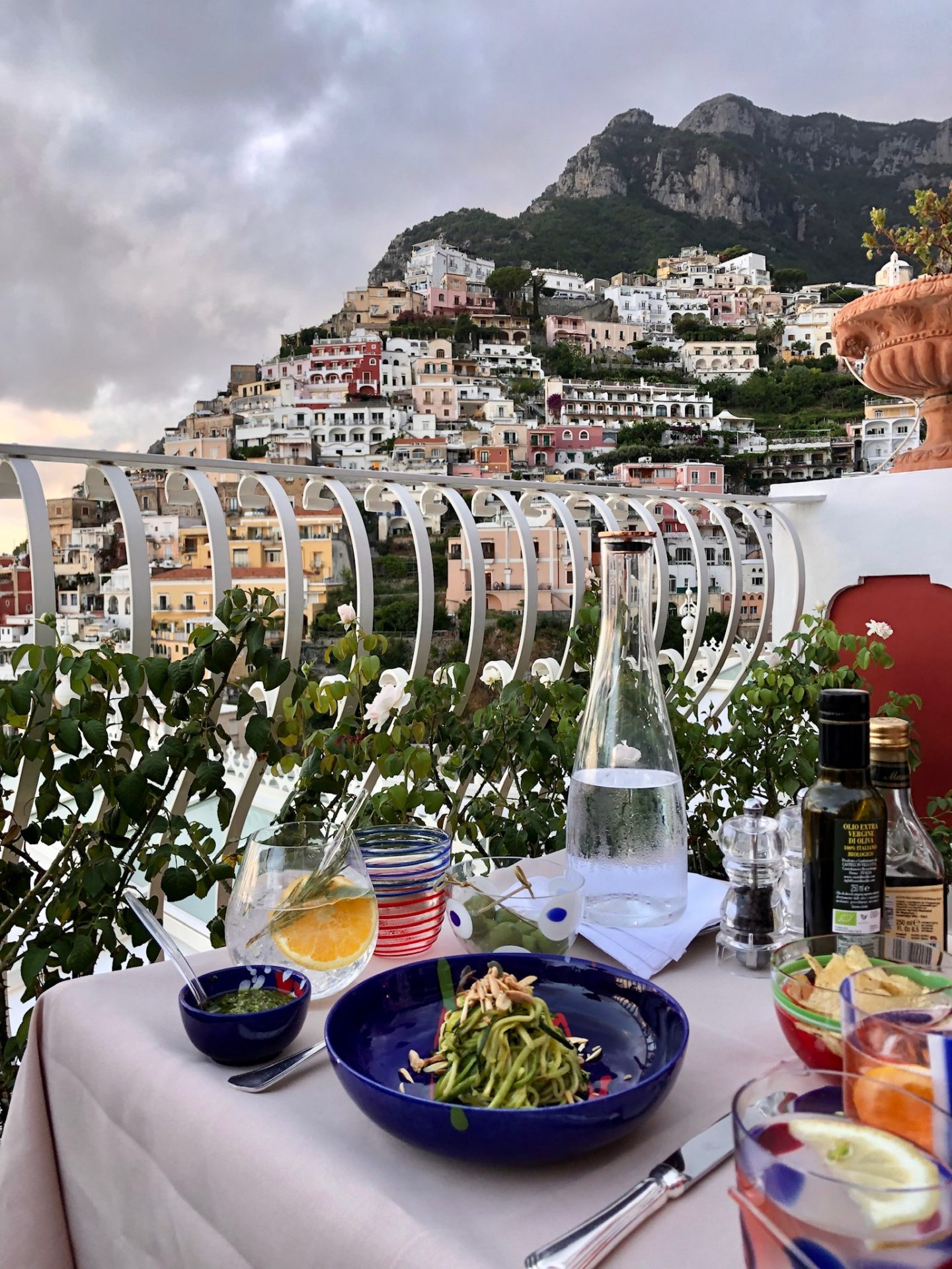 Champagne and Oyster Bar Italy