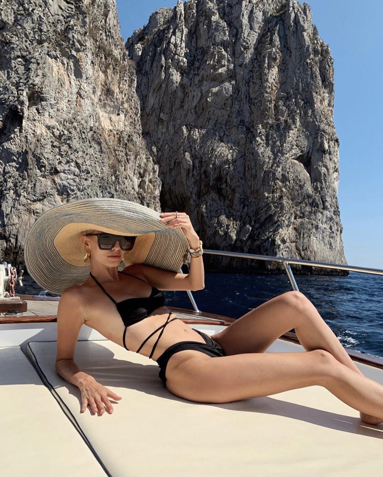 Faraglioni, Capri Boat Day