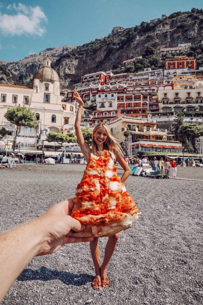 Pizza in Positano