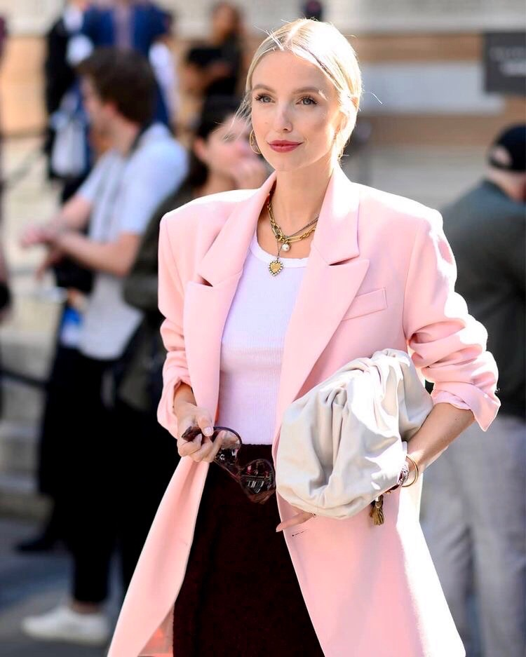Leonie Hanne with White Bottega Veneta Pouch
