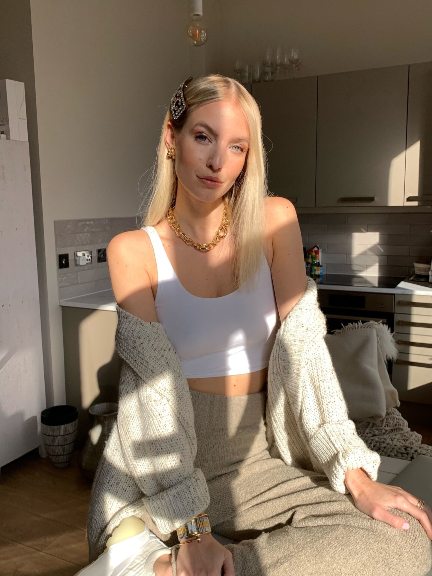 Leonie Hanne staying in lounge outfit
